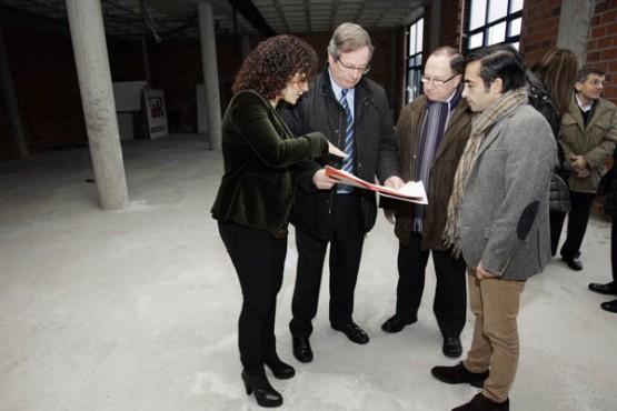 Rey Varela na visita ao edificio