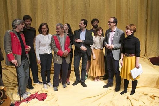O CDG amosa a súa sede e os ensaios de 'Martes de Carnaval' no Día Mundial do Teatro