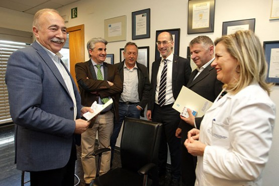 O conselleiro de Sanidade cos alcaldes de Boiro, Brión, Silleda e Touro