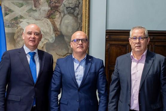 Manuel Baltar na reunión co presidente da Cámara de Comercio