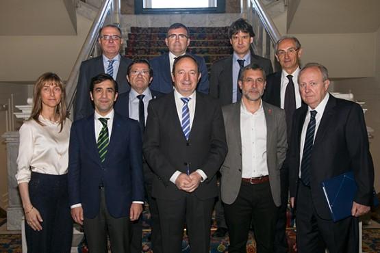 Rey Varela compromete o esforzo da Xunta para mellorar os servizos en materia de política social