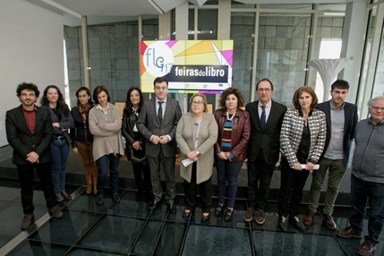 Román Rodríguez na presentación das Feiras do Libro de Galicia