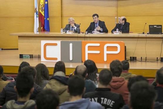 O alumnado do Politécnico de Santiago recibe información sobre o proxecto 'Educa2020′