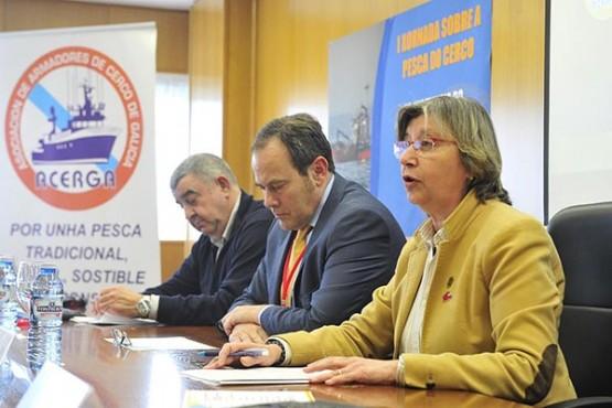 Rosa Quintana na clausura da xornada sobre pesca do cerco. Foto: M. Fuentes