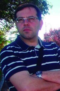"""A librería Couceiro de Santiago acolle a  presentación do libro """"O último caseiro"""",  de Xoán Carlos García Porral"""