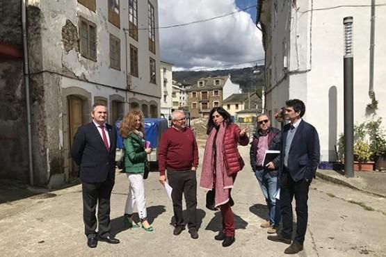 Balseiro e a alcaldesa de Mondoñedo supervisan as actuacións da Xunta na localidade