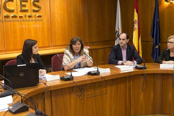 Beatriz Mato na reunión da comisión de coordinación. Foto: X. Crespo