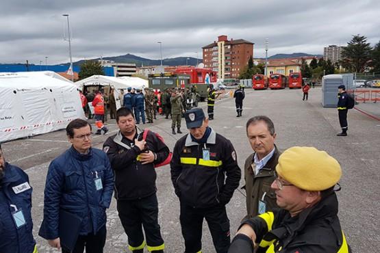Luis Menor asiste en Cantabria ao simulacro de emerxencias de nivel 3 organizado pola Unidade Militar de Emerxencias