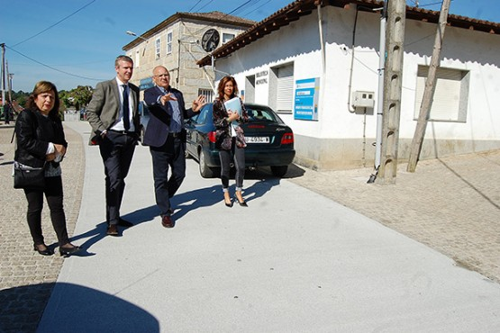 Alfonso Rueda na visita a Cartelle