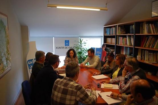 Belén do Campo na reunión con representantes da IXP Faba de Lourenzá
