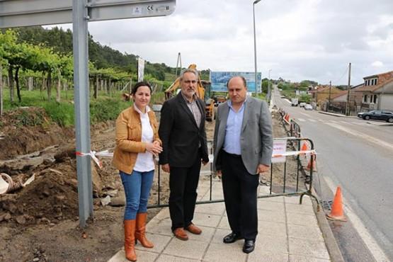 Cores Tourís na visita ás obras xunto ao alcalde de Arbo