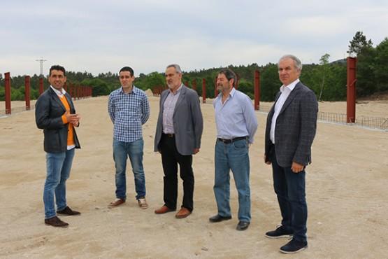 Cores Tourís na visita a unha explotación avícola en Rodeiro