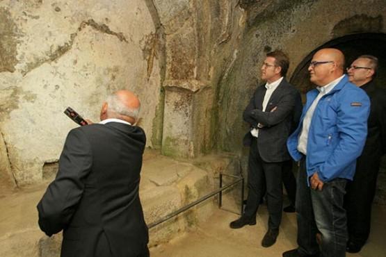 Visita do presidente da Xunta ao Mosteiro de San Pedro de Rocas