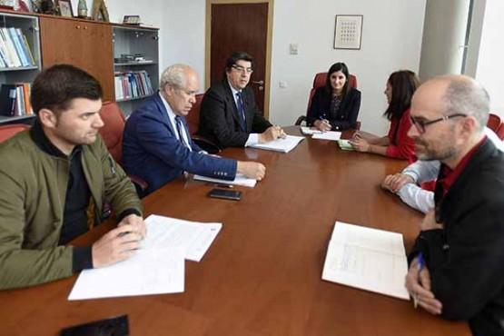 López-Chaves na reunión coa alcaldesa de Moaña