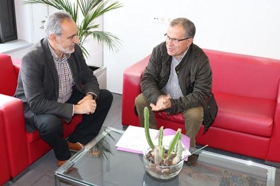 Cores Tourís na reunión co alcalde de Portas