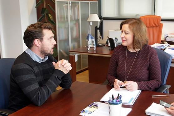 Rubén Riós na reunión con Susana López Abella