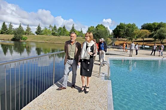 Nava Castro na inauguración  das piscinas
