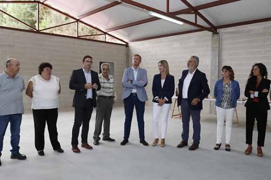Alfonso Rueda na visita ao concello da Cañiza