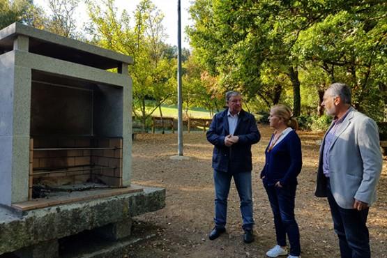 A directora xeral de Patrimonio Natural na visita á zona do río Arnego