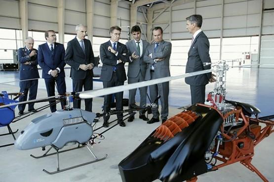 O presidente da Xunta na visita ao centro de investigación nas Rozas