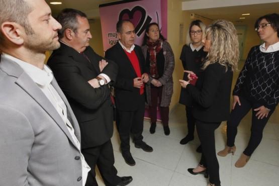 Arturo Parrado na visita ás instalacións de Bumei