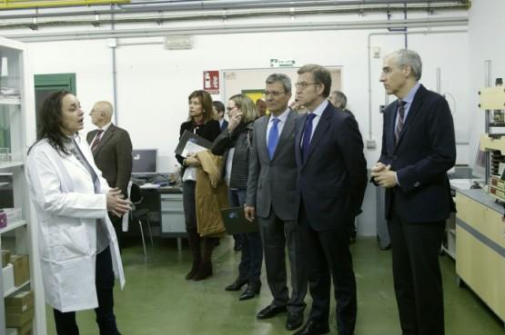 O presidente da Xunta na visita ao Centro Tecnolóxico da Pizarra