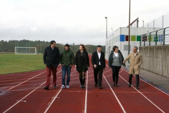 Marta Míguez visita ás obras levadas a cabo nas instalacións deportivas dos concellos de Ordes e A Baña
