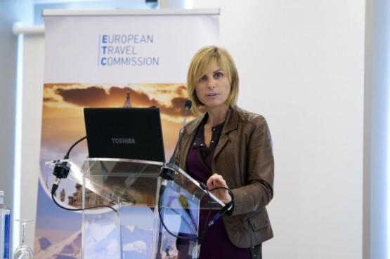 Nava Castro destaca a posta en marcha de experiencias turísticas transnacionais como clave para reorientar os fluxos de viaxeiros