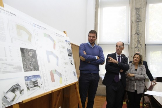 Vázquez Almuiña na presentación do proxecto