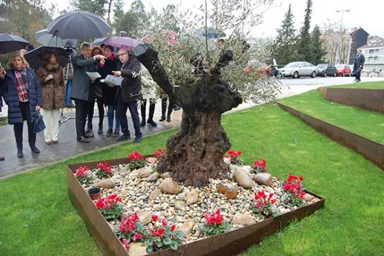 Alfonso Rueda na visita ao parque dos Patos