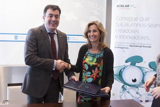 Educación e Telefónica Educación Digital implantarán nos centros de ensino de Galicia o programa 'Creando Código'