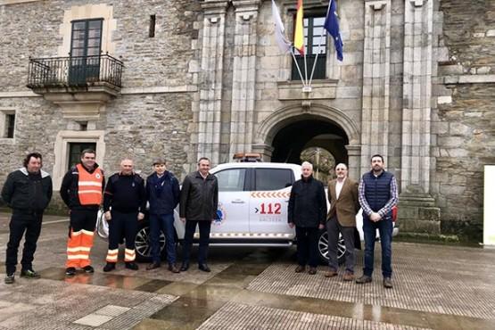 Entrega dos vehículos a Protección Civil