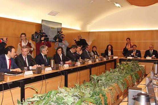 Alfonso Rueda na reunión en Madrid