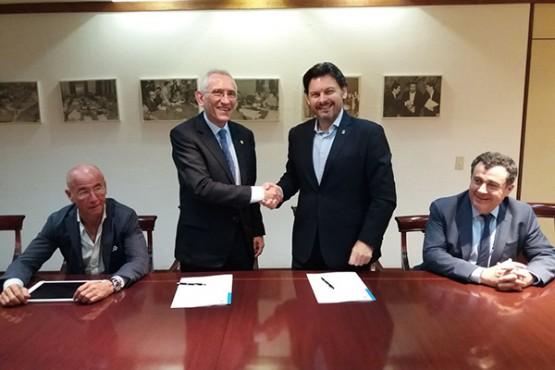 O secretario xeral da Emigración solicita á FES que avance no traballo de carácter social para os galegos de Venezuela