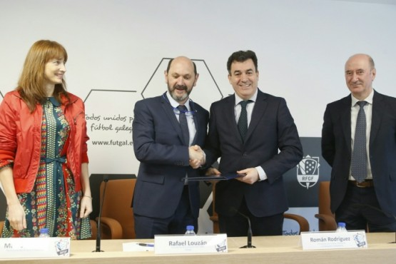 Xunta e Fundación do Fútbol Galego impulsarán unha competición inclusiva entre os centros educativos