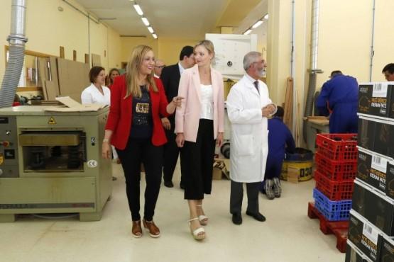 A Xunta amosa o seu apoio ás persoas con discapacidade na visita ao fogar e clínica San Rafael de Vigo