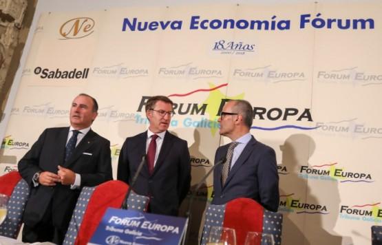 O titular da Xunta presentou o alcalde de Ourense no almorzo informativo