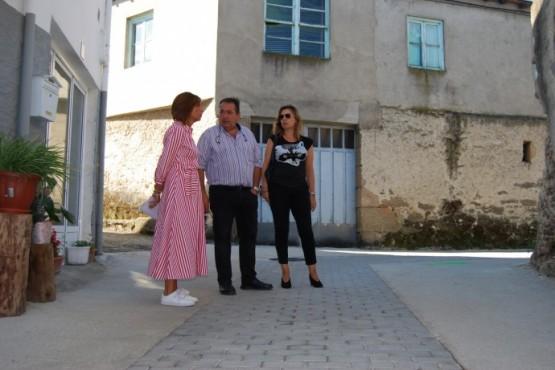 Marisol Díaz na visita a Larouco