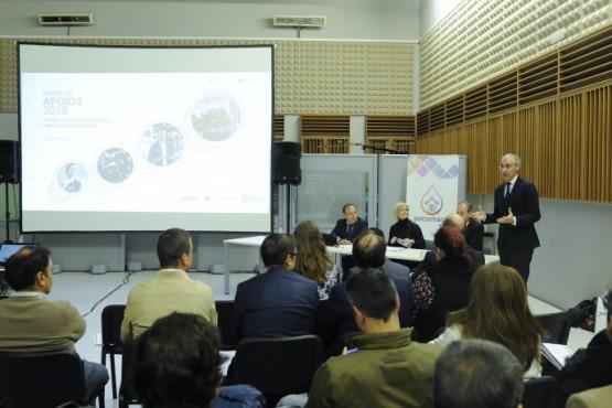 Francisco Conde na xuntanza con empresarios da Coruña