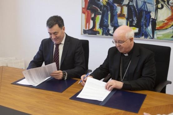 Cultura e Turismo destinará 240.000 euros á conservación de inmobles da diocese de Santiago de Compostela