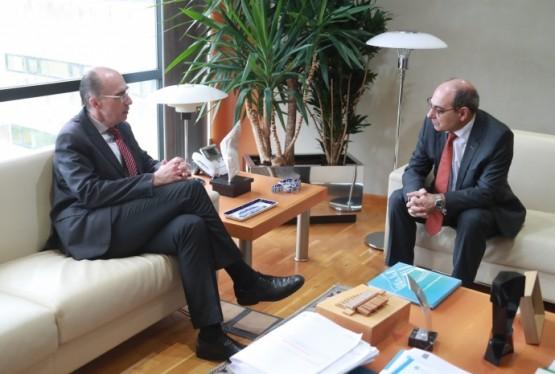 Os gobernos de Galicia e do País Vasco poñen en común as súas experiencias co obxecto de mellorar a atención primaria
