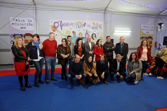 Carmen Pomar salienta a importancia de eventos como a Feira de educación de Ribeira