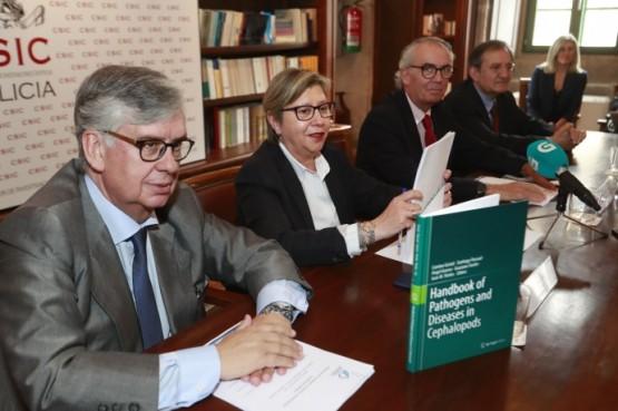 """Presentación do libro """"Patógenos y enfermedades en cefalópodos europeos"""""""