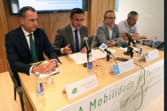 O conselleiro do Medio Rural na presentación do informe sobre prezos e mobilidade da terra rústica