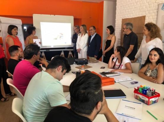 Fabiola García enxalza o labor da Fundación Secretariado Gitano para achegar a esta poboación a educación e o emprego
