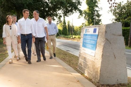 O presidente galego percorrendo a nova senda