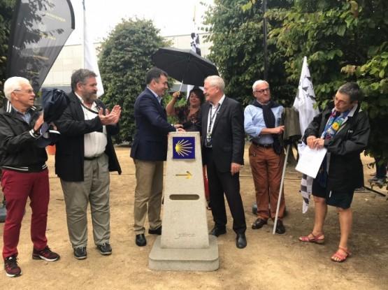 Galicia afianza o irmandamento con Lorient sinalizando o Camiño de Santiago a 1.979 quilómetros