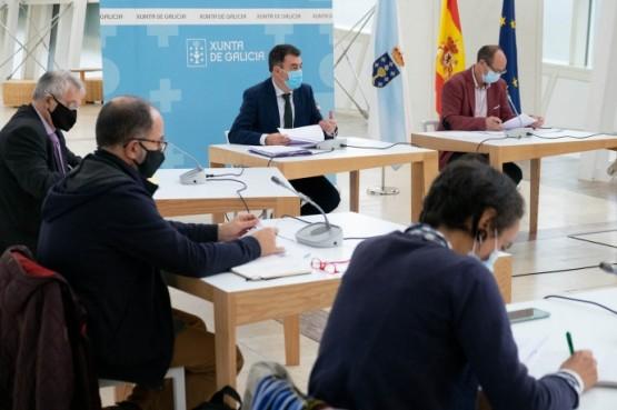 A Xunta reúnese cos sindicatos do ensino non universitario para analizar o desenvolvemento do curso escolar